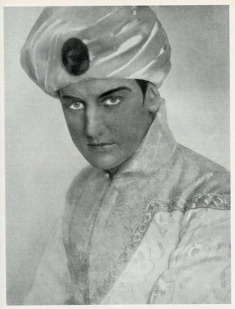 Bild: Einar Beyron som Calàf vid Stockholmsoperans första framförande av Turandot, 1927